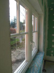 Fenstersprossen Glas teilend .jpg